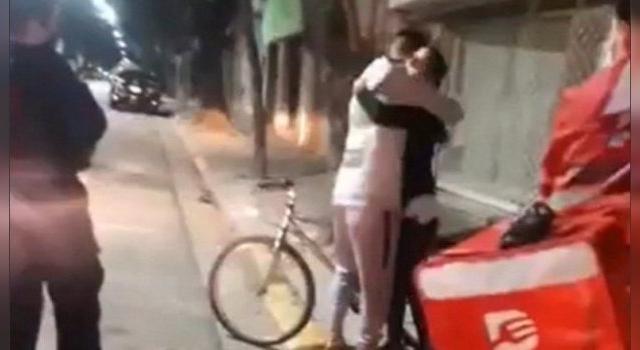 Emotivo gesto hacia un cadete al que le habían robado la bicicleta
