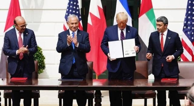 Israel selló acuerdos diplomáticos con Emiratos y Baréin en la Casa Blanca