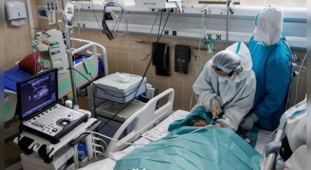 Registran la primera muerte por reinfección de COVID-19 en el mundo
